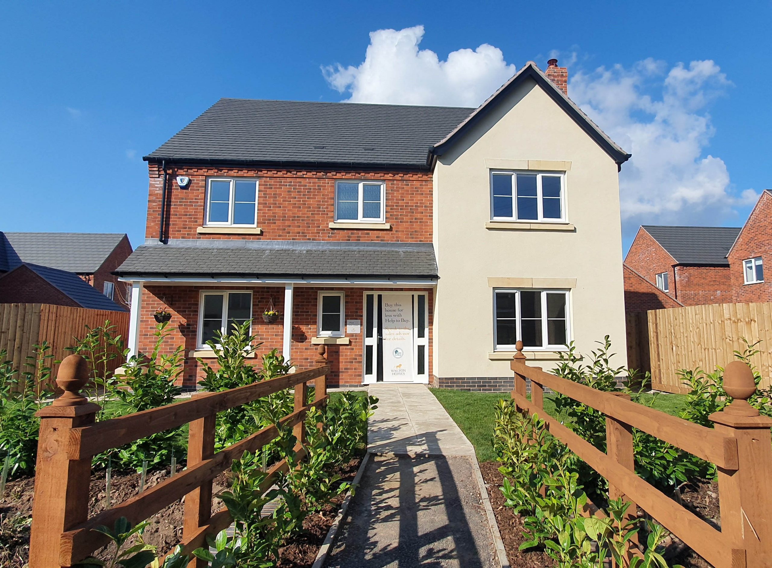 FINAL PROPERTY REMAINS AT DERBYSHIRE DEVELOPMENT FOLLOWING  POST-LOCKDOWN SALES SUCCESS image